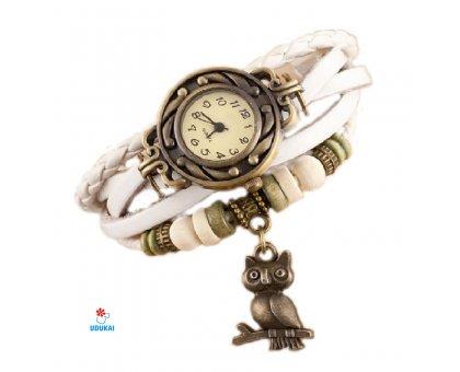 Laikrodis apyrankė Balta Pėlėda; kvarcinis