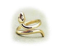 Žiedas Gyvatė aukso spalvos; universalaus dydžio