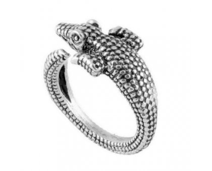Žiedas Krokodilas sidabro spalvos; universalaus dydžio