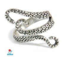 Žiedas Octopus sidabro spalvos; universalaus dydžio